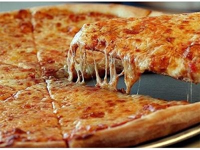 Быстрая тонкая пицца с сыром